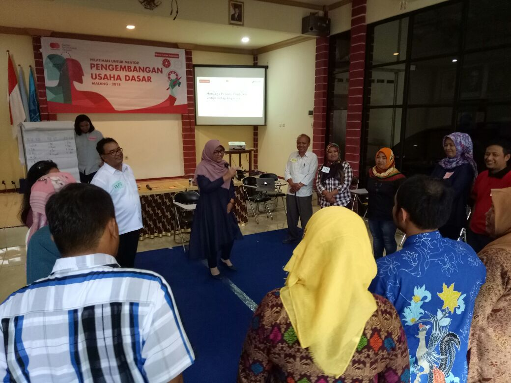 PLUS_platform_usaha_sosial_training_trainers_MCI_mercy_corps_indonesia